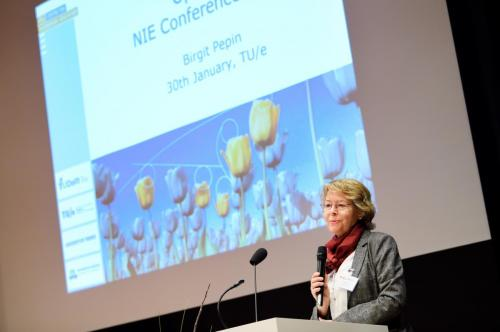 BvOF 2018 0130 AEG license 4TU - National Interdisciplinary Education Conference
